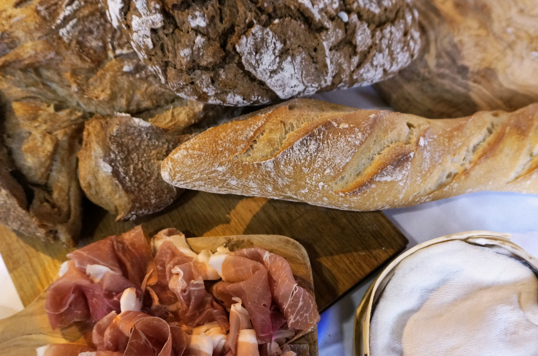 Baguette und Prosciutto